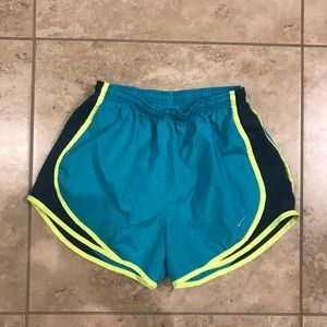 Nike Running Shorts (S)-Pre-Owned